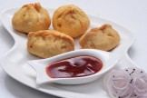 Mix Vegetables Fried Samosa Momos