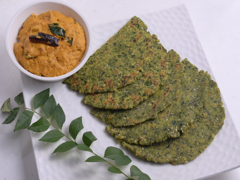 Curry Leaves Moong Dal Rotis