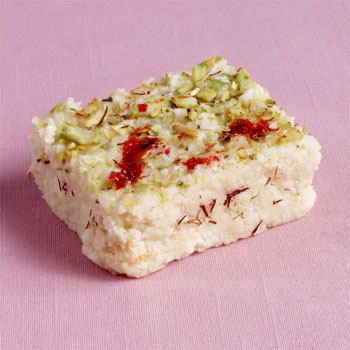 Kalakand (Indian Chesse-cake Squares)